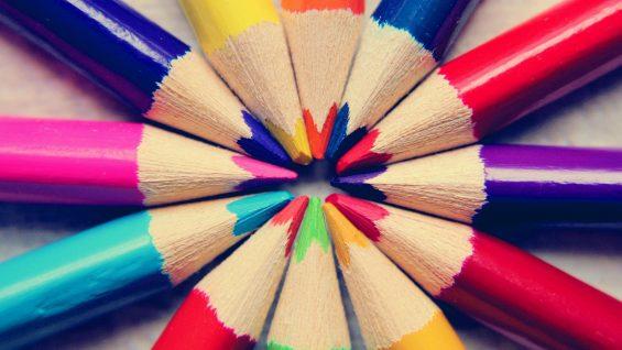 colored-pencils-4031668_1920.jpg