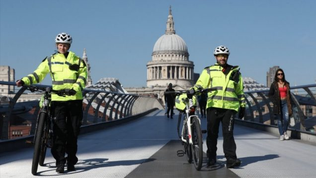 police officers to re-join the MET