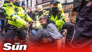 Liverpool anti Covid-19 lockdown – protesters clash with cops