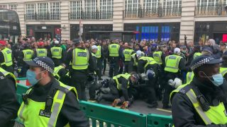 Police clash with anti-lockdown demonstrators in central London | Coronavirus