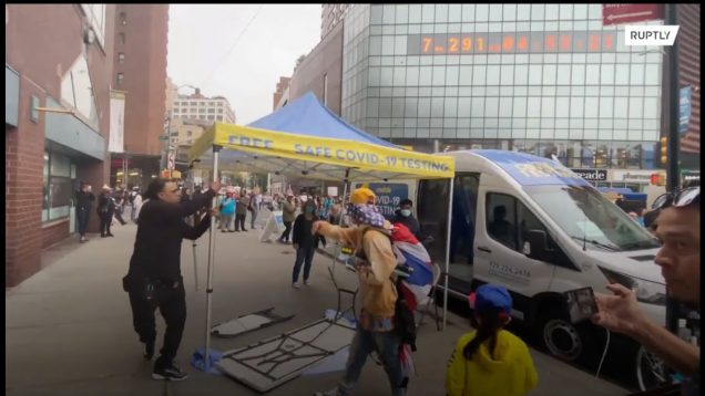 Anti-vaccine mandate protesters attack COVID testing unit in NYC